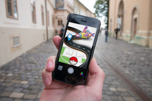 Pokemon Go  photo/ Stefan Schweihofer via Pixabay