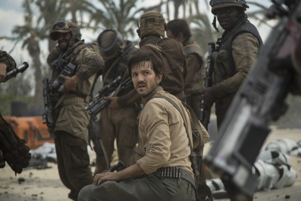rogue-one-a-star-wars-story-diego-luna-600x400