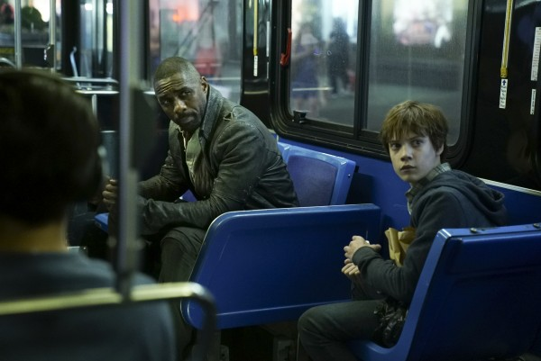 the-dark-tower-movie-roland-jake-idris-elba-tom-taylor-600x401