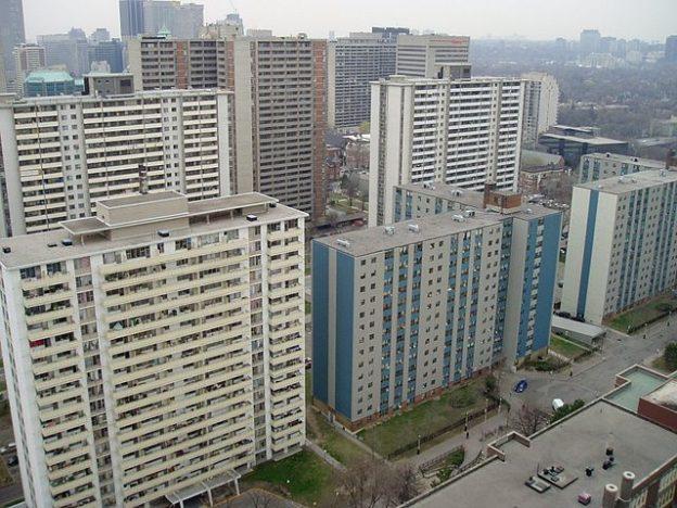 photo/ SimonP via wikimedia commons