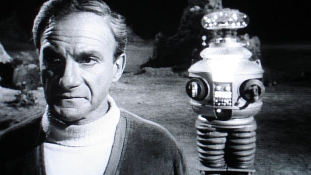 lost-in-space-photo-dr-smith-and-robot