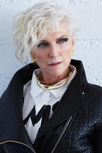 7 Awe Inspiring Short Hairstyles For Women Over 60 The